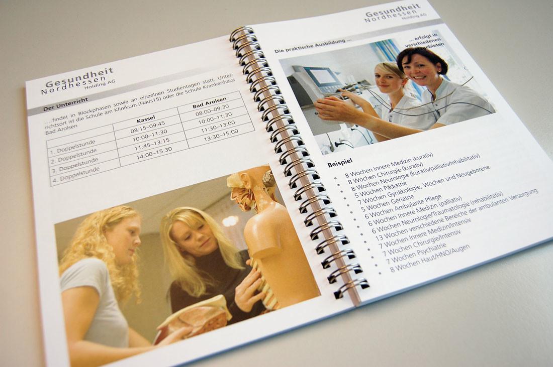 Ungewöhnlich Gynäkologe Ausbildung Bilder - Anatomie Ideen - finotti ...
